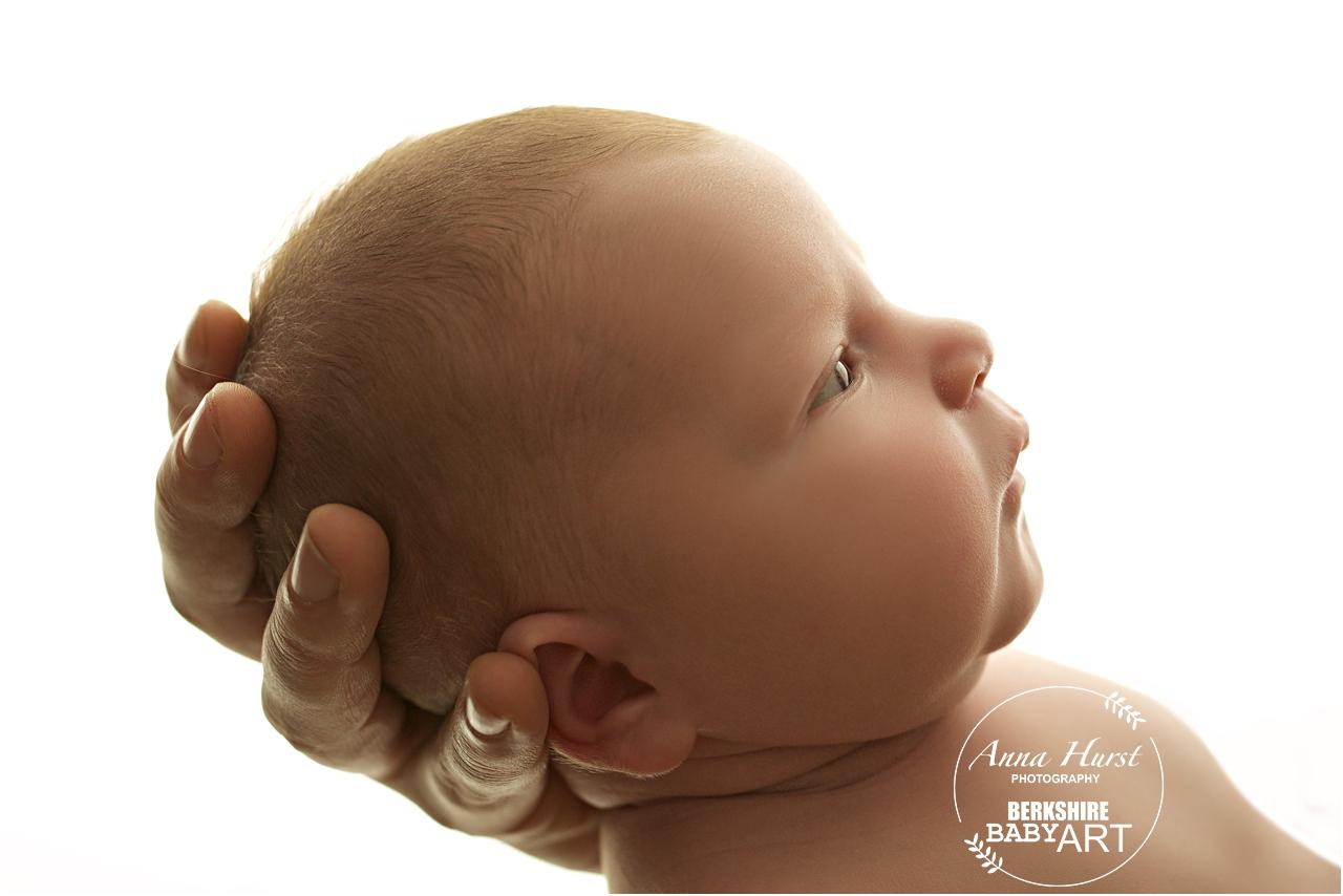 Newborn Photographer in Binfield